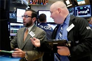 Chứng khoán Mỹ biến động, Dow Jones phá đỉnh