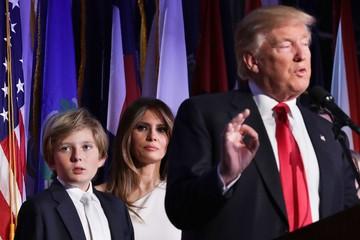 Phụ huynh lo lắng khi con cái học cùng trường với con trai út của Donald Trump