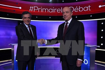 Bầu cử sơ bộ Pháp: Ông Juppé thất bại, cựu Thủ tướng Fillon thắng lớn