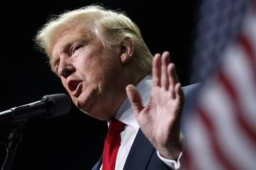Donald Trump cho rằng hàng triệu người Mỹ đã bỏ phiếu không hợp pháp