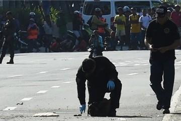 Đánh bom nhắm vào đoàn xe Tổng thống Philippines