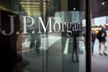 JPMorgon, HSBC và Credit Agricole bị phạt hơn nửa tỷ USD vì thao túng lãi suất Euribor