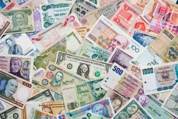 Các đồng tiền chủ chốt châu Á đều giảm sau quyết định của Fed