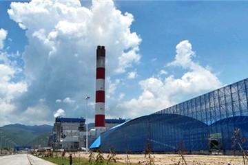 Việt Nam phải nhập khẩu than để phát điện