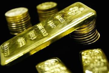 Đồng USD gần đỉnh 14 năm, giá vàng quay đầu giảm