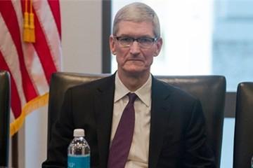 CEO Apple giải thích lý do gặp Donald Trump