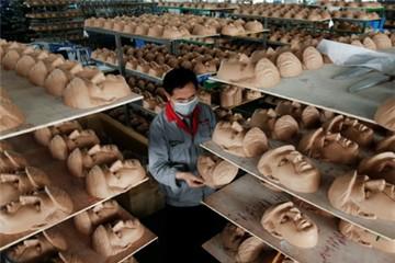 Ngành sản xuất Trung Quốc lung lay vì ông Trump