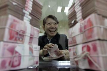 Trung Quốc đẩy đồng Nhân dân tệ lên nhanh nhất 11 năm