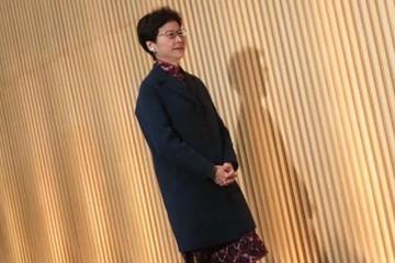Tổng Thư ký chính quyền Đặc khu Hong Kong nộp đơn từ chức