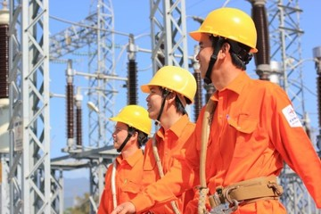 Áp lực tăng giá điện trong năm 2017