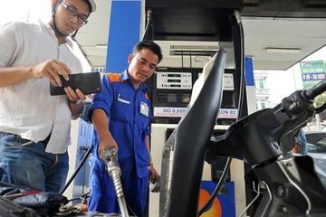 Petrolimex ủng hộ tăng thuế môi trường với xăng lên 8.000 đồng