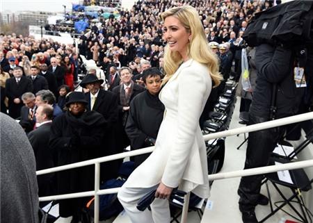 Hãng thời trang của con gái Donald Trump tiếp tục bị từ chối