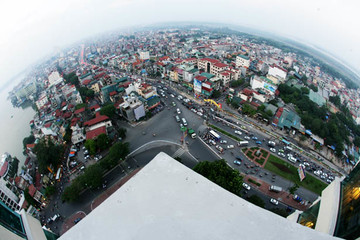 Hạ cao trình đê sông Hồng để xây dựng cầu vượt tại nút giao An Dương - đường Thanh Niên
