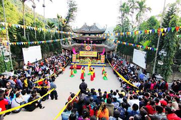 Bộ Công Thương sẽ kỷ luật cán bộ đi lễ chùa trong giờ hành chính