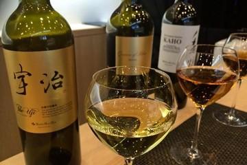 Trà đóng chai Nhật Bản giá hàng trăm triệu vẫn đắt hàng
