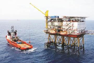 Đau đầu vì giá dầu