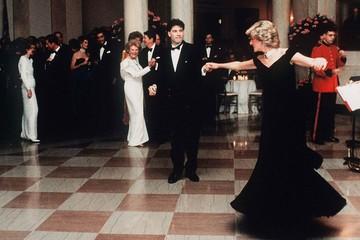 Công nương Diana, người tạo nên xu hướng thời trang