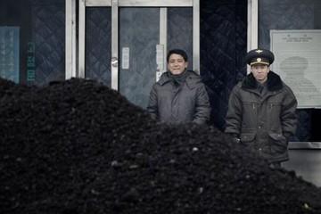 Bị Trung Quốc dừng nhập than, Triều Tiên nổi giận