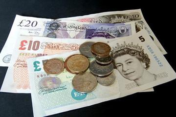 Bất chấp những bất ổn chính trị, đồng bảng Anh vẫn có thế đạt mức 1,3 USD/GBP