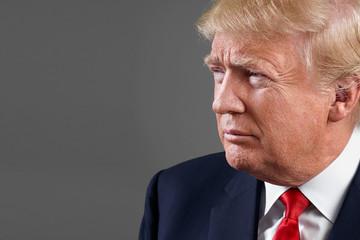 Những khoảnh khắc chia rẽ tại quốc hội Mỹ khi Trump phát biểu lần đầu