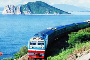 Đẩy nhanh tiến độ dự án đường sắt Viêng Chăn – cảng Vũng Áng và cao tốc Hà Nội - Viêng Chăn