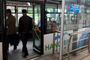 """Báo cáo lên UBND TP Hà Nội về nghi vấn xe buýt nhanh """"đội giá"""""""