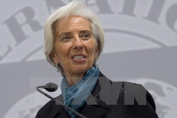 Pháp sơ tán khẩn cấp nhân viên IMF sau vụ đánh bom thư kinh hoàng