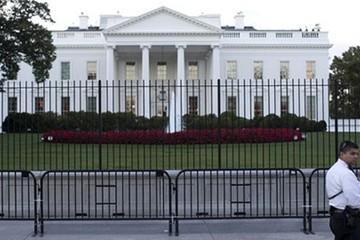 Kẻ đột nhập Nhà Trắng qua mặt Mật vụ Mỹ suốt 16 phút
