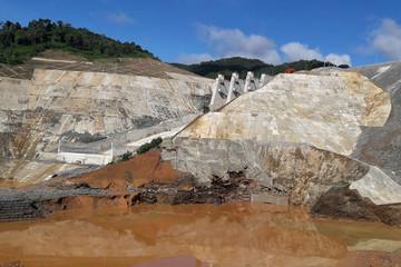 Bộ trưởng Công Thương: Các hồ đập thủy điện đang tiềm ẩn nguy cơ cho vùng hạ du