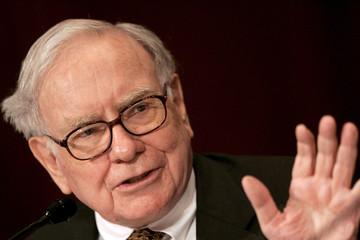 3 điều Warren Buffett khác biệt so với hầu hết các tỷ phú khác