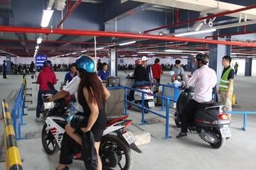 Cấm đậu xe trên vỉa hè, TP HCM thúc tiến độ dự án bãi đậu xe ngầm