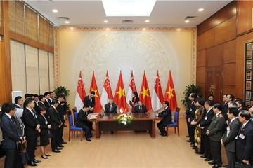 Singapore cam kết hỗ trợ doanh nghiệp Việt Nam tham gia sâu hơn vào thị trường và chuỗi cung ứng toàn cầu