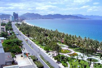 Đưa Khánh Hòa trở thành trung tâm du lịch lớn của khu vực