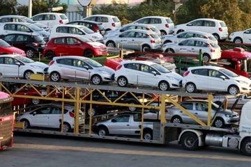 Ô tô nhập khẩu giá rẻ về Việt Nam gia tăng đột biến trong tháng 3