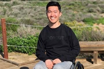 Bước ngoặt của CEO 22 tuổi ngồi xe lăn