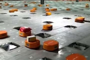 Ngày càng nhiều robot thế chỗ con người tại nhà máy Trung Quốc