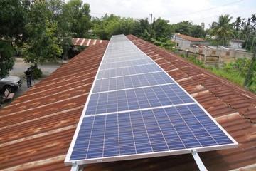 Chốt giá mua điện mặt trời ở mức 9,35 cent/kWh