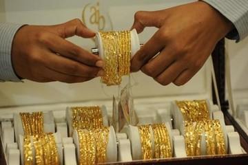 Giá vàng có thể lên 1.300 USD nếu Mỹ tấn công Triều Tiên