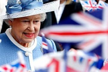 Nữ hoàng Anh mừng sinh nhật 91 tuổi