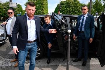 """Tấn công mạng vào ứng cử viên Macron có """"dấu tay"""" Nga"""