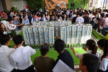 Him Lam Phú An đã xây lên đến tầng 9, cứ mở bán là hết sạch