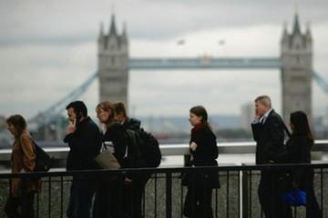 """Các ngân hàng lớn tại London cân nhắc """"ra đi hay ở lại"""""""