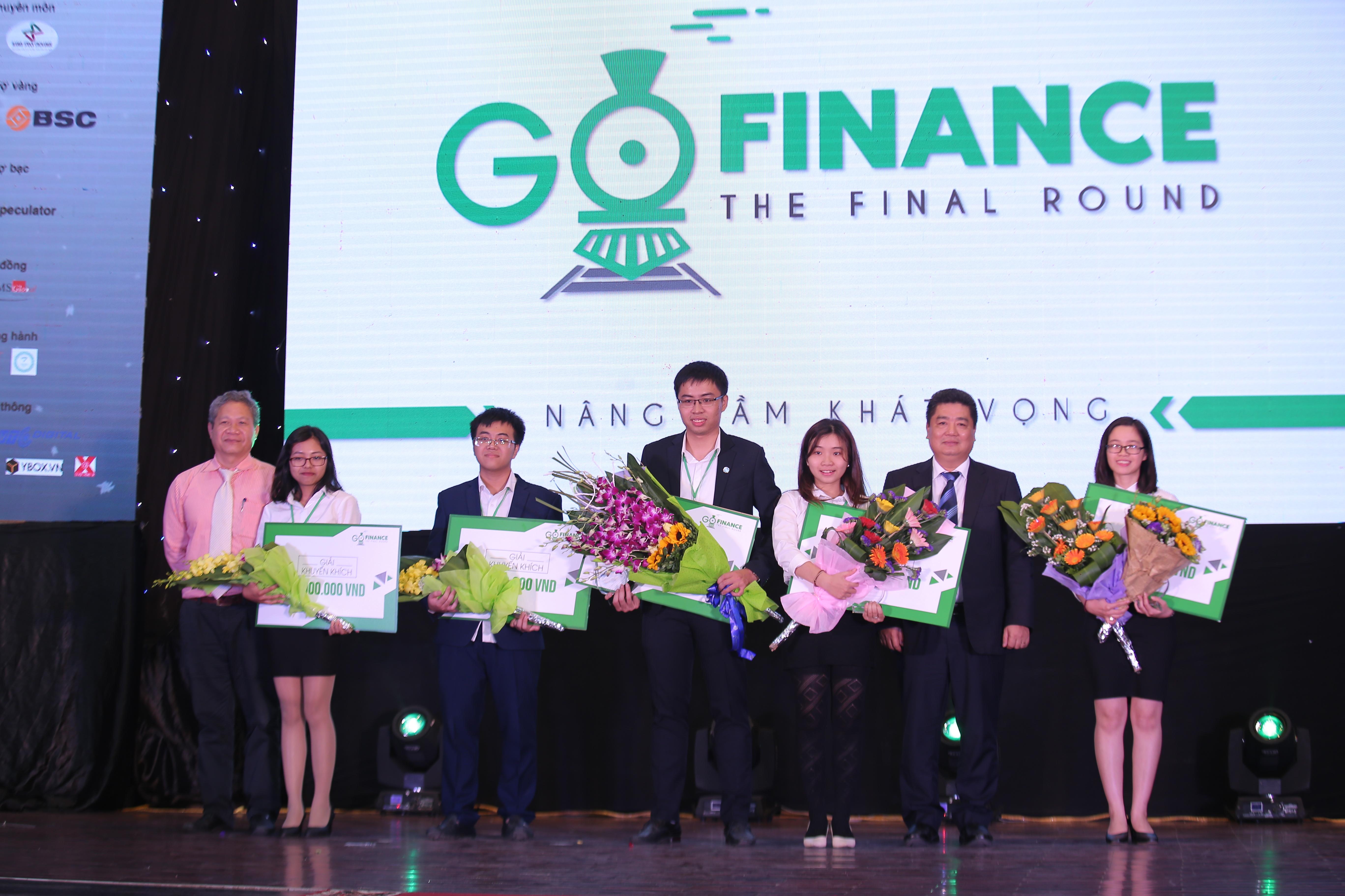 Sinh viên Học viện Ngân hàng vô địch cuộc thi Go Finance 2017