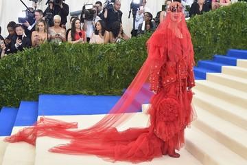 Met Gala 2017: Sự kiện lớn nhất làng thời trang
