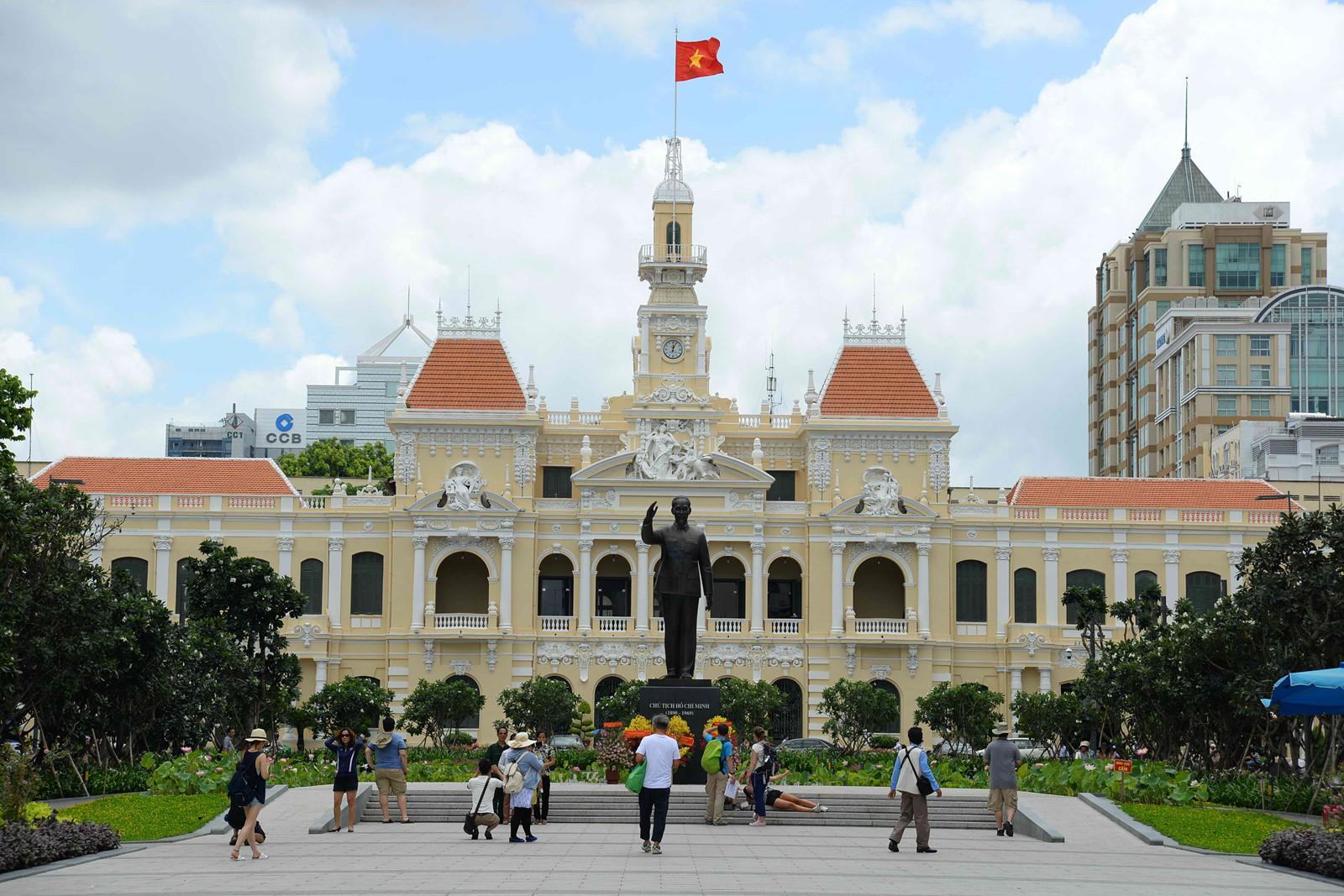 TP HCM sẽ ký kết thỏa thuận hợp tác phát triển kinh tế - xã hội với tỉnh Hòa Bình và Điện Biên