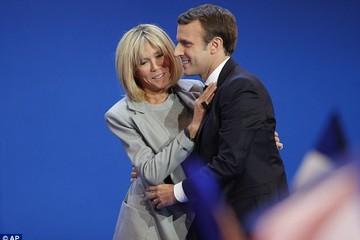 Chuyện tình của tân tổng thống Pháp chứng minh chính trị ở Pháp và Mỹ hoàn toàn khác biệt