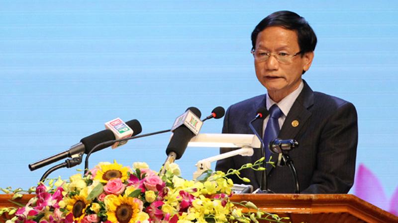 Ông Vũ Văn Tiền đăng ký bán 5,3 triệu cổ phiếu SHN
