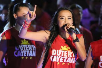Tổng thống Philippines chọn nữ blogger nổi tiếng làm trợ lý truyền thông
