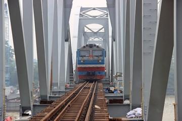 Đề nghị chi 7.000 tỉ nâng cấp đường sắt Bắc-Nam