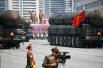 Nhật Bản: Triều Tiên phóng tên lửa mới, bay cao hơn 2.000 km